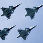 Saab recebe contrato para apoiar caças Gripen suecos em 2014