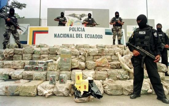 041812_Ecuador-Colombia