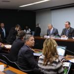 CREDN irá acompanhar as negociações para a compra do caça Gripen