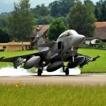Suécia anuncia que o Governo Croata está interessado no caça Gripen C/D