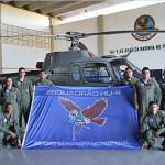 Helicóptero da Marinha do Brasil realiza patrulha no rio Taquari (MS)