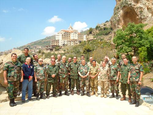 Componentes do 7º Contingente do Estado-Maior da FTM e membros do Alto-Comando da Marinha do Líbano