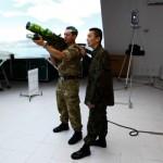 Militares britânicos conhecem unidades de infantaria da FAB no Sul