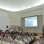 Corpo de Fuzileiros Navais realiza palestra na Escola de Comando e Estado-Maior do Exército