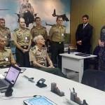 Centro de Operações do Comando de Aviação do Exército recebe visita do Comandante do Exército