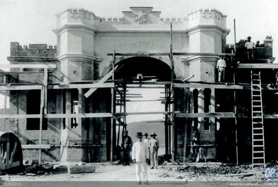 Construção Pórtico