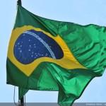 Substituição da Bandeira Nacional homenageia Santos Dumont