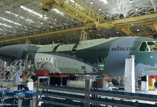KC-390-600x410