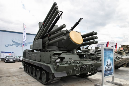 Pantsir-S1_(tracked)_-_Engineering_Technologies_2012_-1