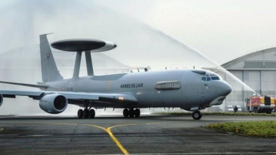 Primeiro-E-3F-AWACS-francês-completou-MLU-foto-via-Boeing