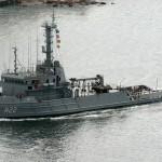 """Rebocador de Alto-Mar """"Tridente"""" apoia o Submarino Francês """"Améthyste"""""""