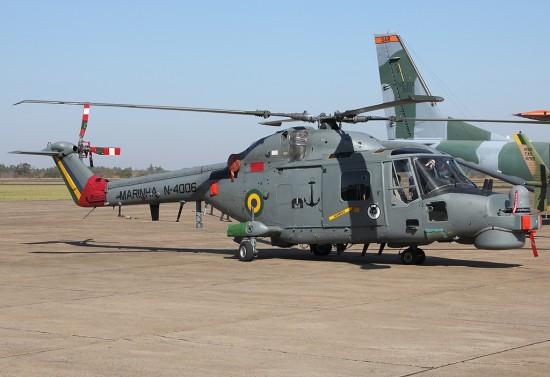 Westland_AH-11A_Super_Lynx_Mk21A_(WG-13),_Brazil_-_Navy_AN1989148