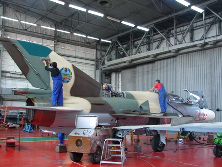 photo mozambique air force mig-21 at bacau final touches