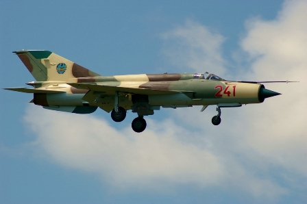 photo mozambique air force mig-21 landing at bacau