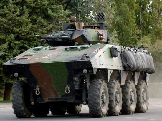 vehicule-blinde-de-combat-de-l-infanterie