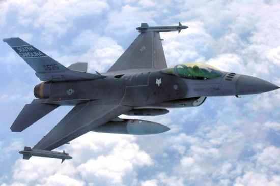 169th_Fighter_Wing_-_F-16_in_flight-600x400