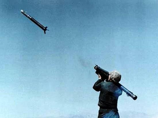 Combatentes do EIIL foram vistos com pequenos mísseis terra-ar conhecidos como MANPADS