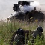 Unidades de baterias de artilharia Russas participam de uma competição