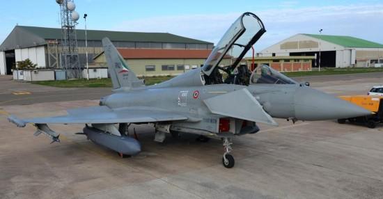 Eurofighter-Typhoon-com-míssil-Storm-Shadow-foto-2-Eurofighter