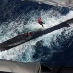 Armada colombiana realiza resgate histórico a tripulante de um Submarino Peruano