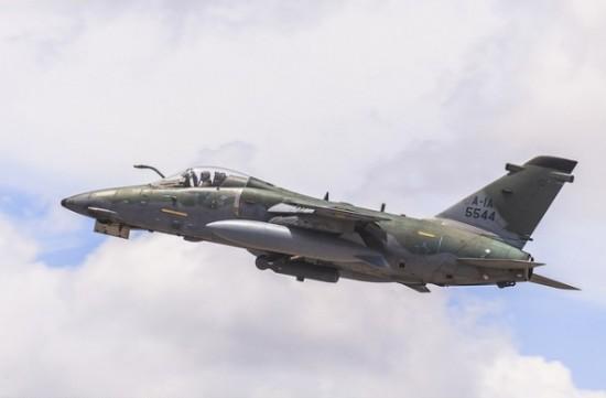 RA-1 em voo Foto Ten Enilton