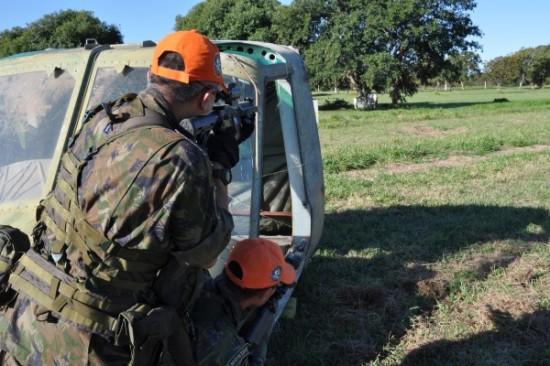 Treinamento de CASEVAC (da sigla, em ingles, para Casualty Evacuation) Foto Ag Força Aérea2