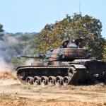 Tiro da VBC CC M60 A3 TTS pelo 20º Regimento de Cavalaria Blindado em Betione