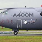 O primeiro Airbus A400M da Força Aérea britânica realiza seu primeiro voo