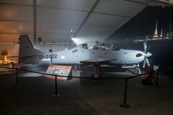Embraer-52