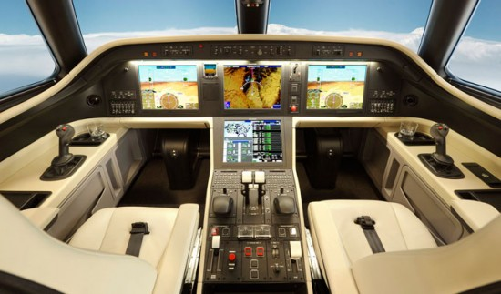 Legacy_500_Midsize_Business_Jet_Cockpit