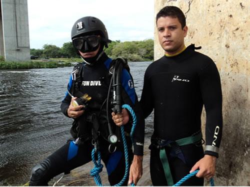 Mergulhadores da Marinha do Brasil