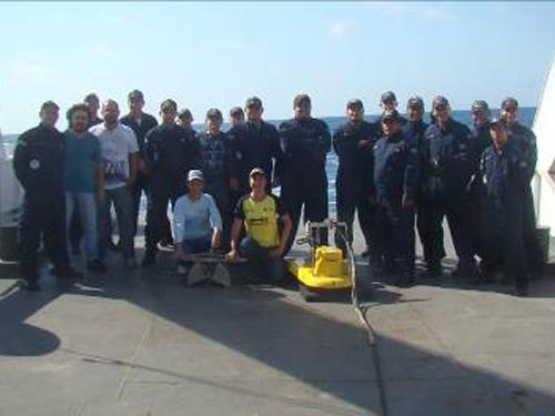 Militares e pesquisadores participantes da Operação