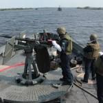 Navios da Marinha realizam Patrulha, Inspeção Naval, Exercício de Tiro e Ação Cívico Social no Rio Paraguai