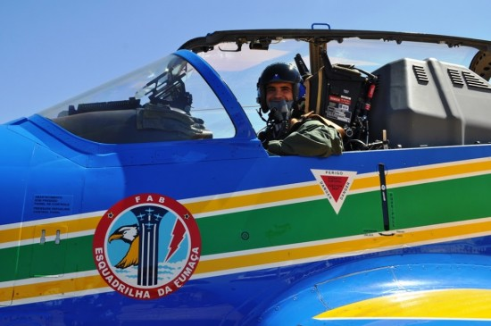 ribeiro_b Major Av Pimentel participa, pela primeira vez, de deslocamento com sete aeronaves