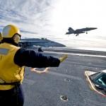 EUA confirmam a queda de dois caças F/A-18 Super Hornet no Oceano Pacífico