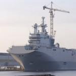 Marinheiros russos saíram na primeira viagem de instrução do porta-helicópteros Vladivostok