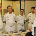 Comandante da Marinha visita o Centro de Guerra Eletrônica da Marinha