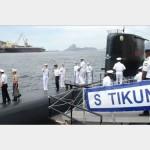 Oficiais-Alunos estrangeiros do Curso de Estado-Maior para Oficiais Superiores visitam a Força de Submarinos