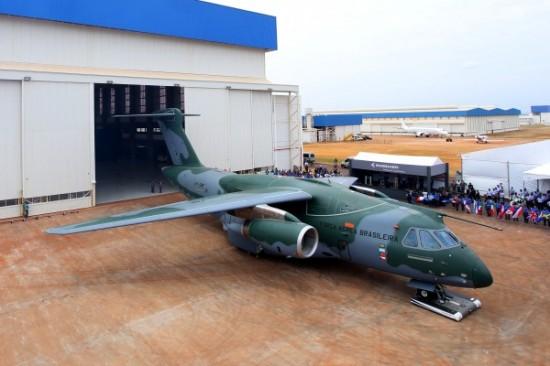 Rollout do KC 390