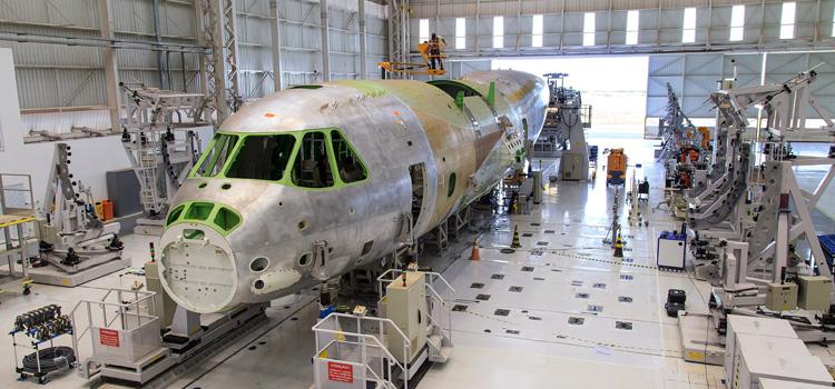 Inauguração do hangar KC-390