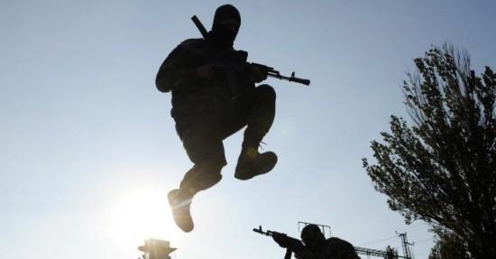 6out2014---militares-do-batalhao-pro-ucrania-em-st-maria-participam-de-exercicios-militares-perto-da-cidade-ucraniana-de-mariupo-nesta-segunda-feira-6-enquanto-pelo-menos-80-soldados-e-civis-1412613310562_956x500
