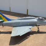 """O primeiro """"Skyhawk"""" modernizado será entregue em breve à MB"""