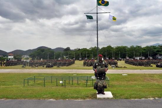 Cmte Portugues na Brig.4