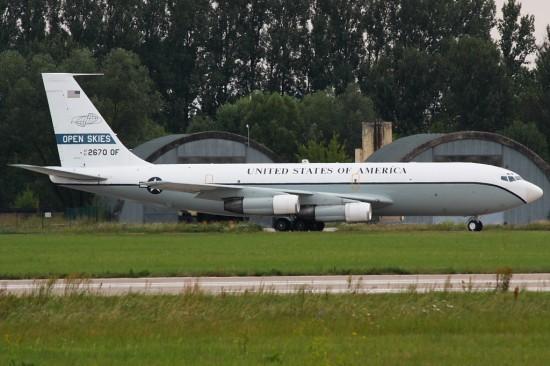 OC-135B_04