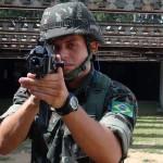 Exército testa novo fuzil que substituirá o adotado há 50 anos