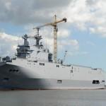 Marinheiros Russos proibidos de subir à bordo do porta-helicópteros Vladivostok…Será?