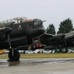 Um par de Avro Lancasters em exibição na Inglaterra