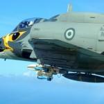 Esquadrão VF-1 realiza exercício de lançamento de bombas em Natal
