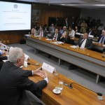 Comissão de Relações Exteriores e Defesa Nacional reserva dinheiro para sistema de defesa e rede de postos no exterior