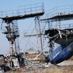 Observadores da OSCE inspecionam o aeroporto de Donetsk e a ajuda russa a região